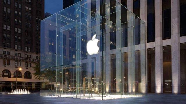 《苹果电脑说明书卖出1万美金高价?这才叫信仰》